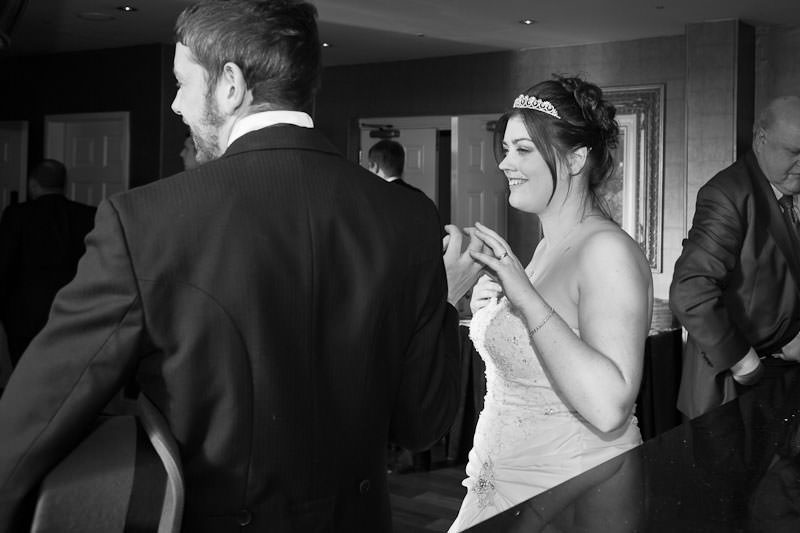 Llyndir Hall Wedding (23)