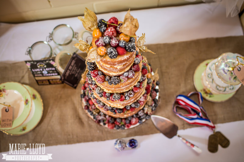 summer fruits sponge wedding cakes should all look like this